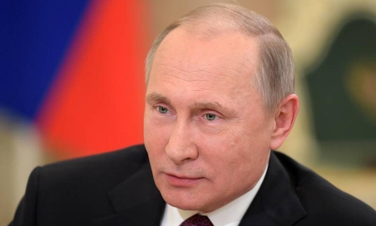 Είναι επίσημο: Ο Πούτιν υποψήφιος για τη ρωσική προεδρία στις εκλογές του 2018 (vid)
