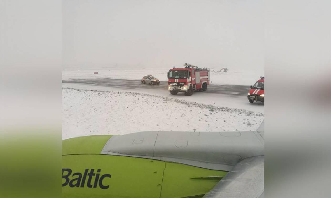 Ρωσία: Λαχτάρα για 52 επιβάτες αεροσκάφους στη Μόσχα