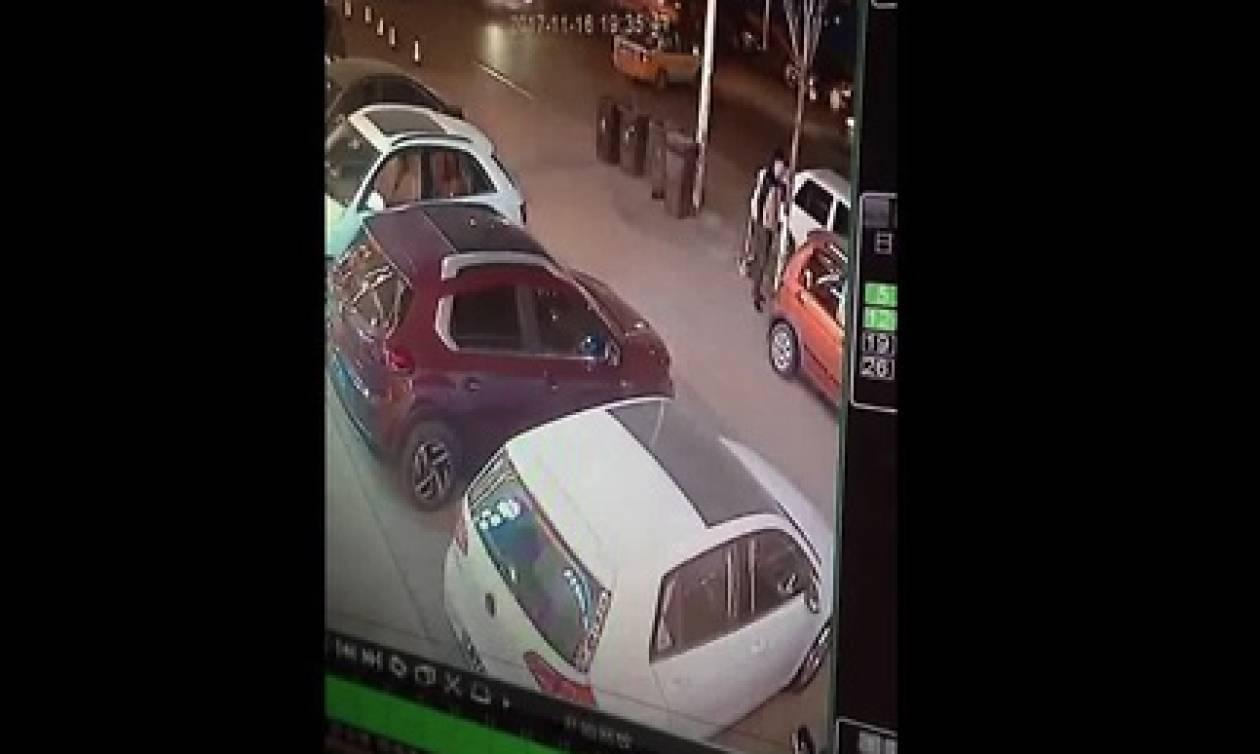 Αυτός ο άντρας είχε φύλακα... άγγελο. Και τώρα θα δείτε το γιατί! (video)