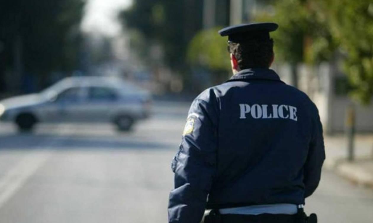 Κρήτη: Αστυνομικός που ρύθμιζε την κυκλοφορία παρασύρθηκε από διερχόμενο όχημα