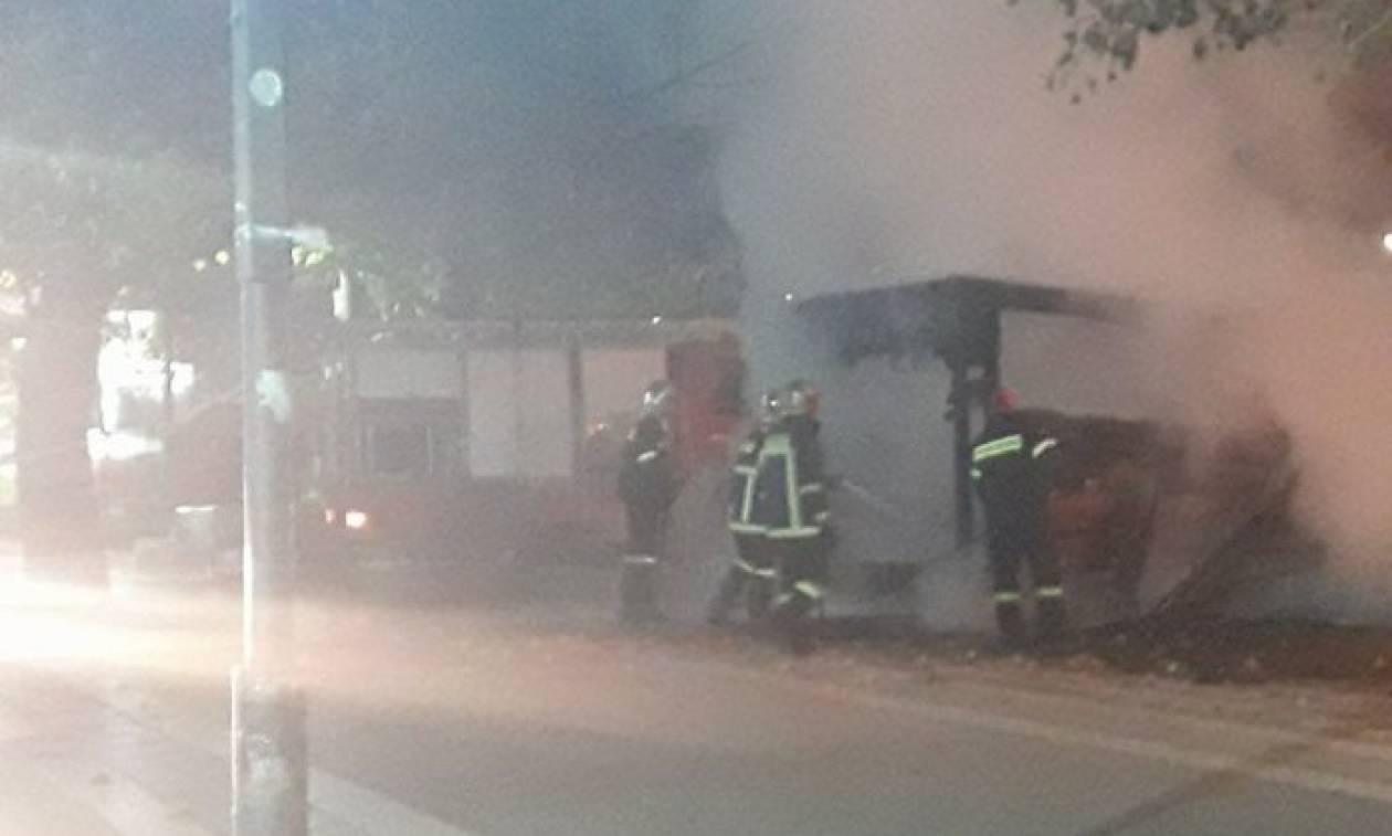Λάρισα: Κάηκε ολοσχερώς η χριστουγεννιάτικη φάτνη στο κέντρο της πόλης