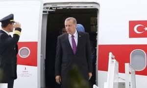 Επίσκεψη Ερντογάν: Προκλητική δήλωση πριν μπει στο αεροπλάνο για την Ελλάδα