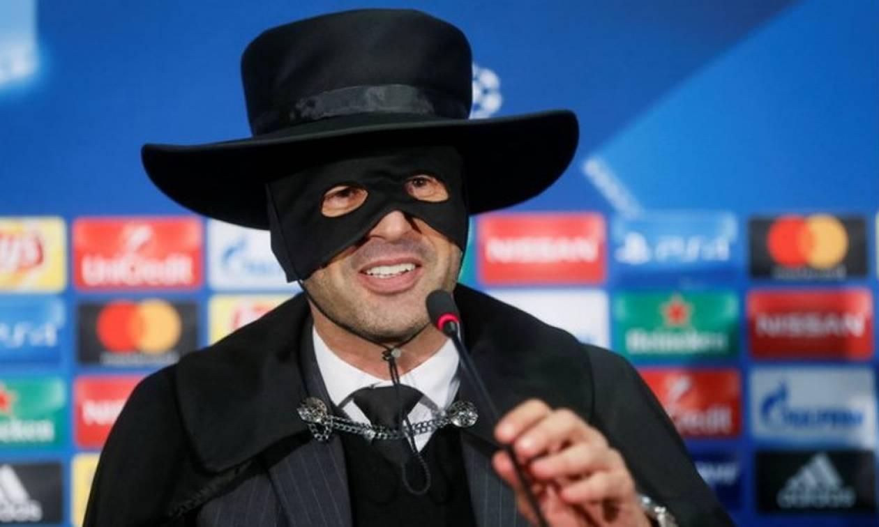 Επικό! Προπονητής έχασε στοίχημα και ντύθηκε Ζορό! (pics+vid)