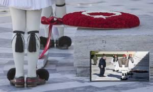 Ερντογάν... τουρκικές σημαίες να βάζεις μόνο στο παλάτι σου!