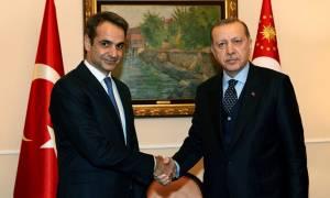 Μητσοτάκης σε Ερντογάν: Οι ελληνοτουρκικές σχέσεις χρειάζονται ουσιαστική επανεκκίνηση