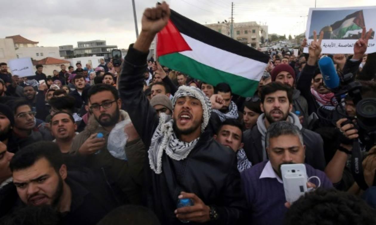 Τυνησία: Χιλιάδες πολίτες στους δρόμους κατά της απόφασης Τραμπ για την Ιερουσαλήμ