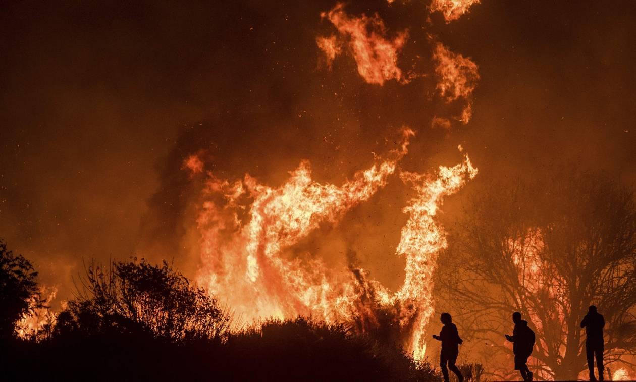 Η «Κόλαση του Δάντη» καίει την Καλιφόρνια: «Στάχτη» εκατοντάδες σπίτια (ΑΠΙΣΤΕΥΤΕΣ ΕΙΚΟΝΕΣ)