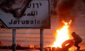 «Φλέγεται» η Ιερουσαλήμ: Συγκρούσεις Ισραηλινών και Παλαιστινίων - Εκατοντάδες τραυματίες