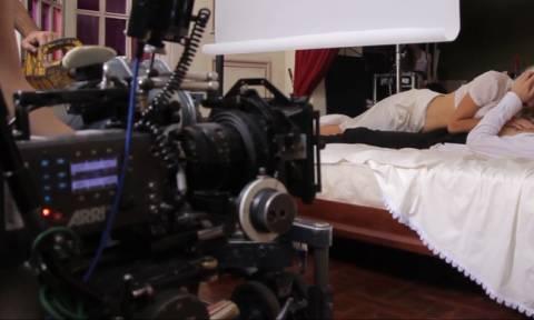 Απίστευτη! Ελληνίδα πορνοστάρ δήλωνε άνεργη για να παίρνει επίδομα, ενώ κέρδιζε χιλιάδες από ταινίες