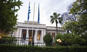 Ευρεία σύσκεψη υπό τον Τσίπρα για το προσφυγικό: Τι συζητήθηκε