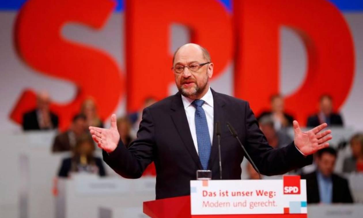 Γερμανία: Νέο μοντέλο μεγάλου συνασπισμού εξετάζει το SPD