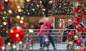 Το εορταστικό ωράριο λειτουργίας των εμπορικών καταστημάτων ανακοίνωσε ο ΣΕΛΠΕ