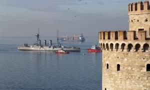 Θωρηκτό «Αβέρωφ»: Το ταξίδι της επιστροφής από τη Θεσσαλονίκη στον Πειραιά ξεκίνησε (pics)