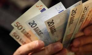 Κοινωνικό Εισόδημα Αλληλεγγύης: Πότε και πόσα χρήματα μπαίνουν στους λογαριασμούς