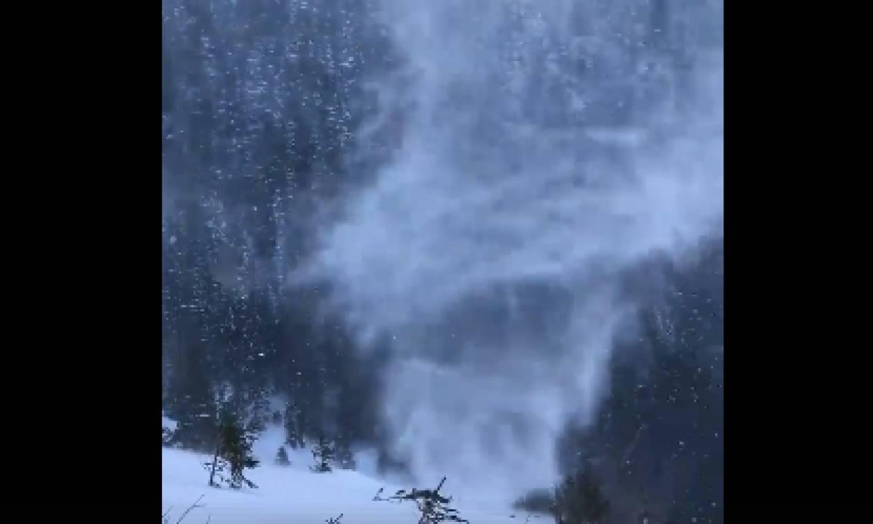 Απίθανο θέαμα: «Επιασε» με την κάμερά του... χιονοστρόβιλο (Video)
