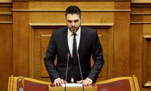 Σαρακιώτης κατά ΝΔ, ΠΑΣΟΚ: Μας κουνούν το δάχτυλο αυτοί που χρωστούν σε όποιον μιλά ελληνικά