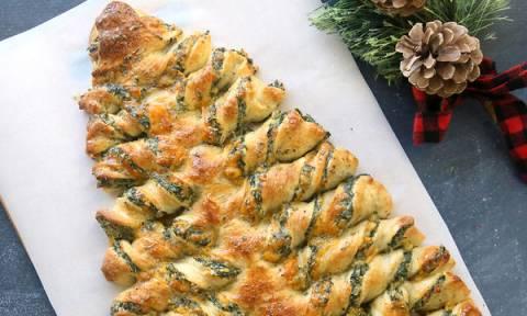 Χριστουγεννιάτικη πίτα με σπανάκι και μυρωδικά - Δοκιμάστε την