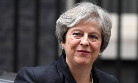 Μέι: Η χθεσινή ψηφοφορία δεν φρενάρει τo Brexit (vid)