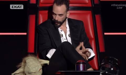 Ο Πάνος Μουζουράκης έφερε το Star Wars στο The Voice