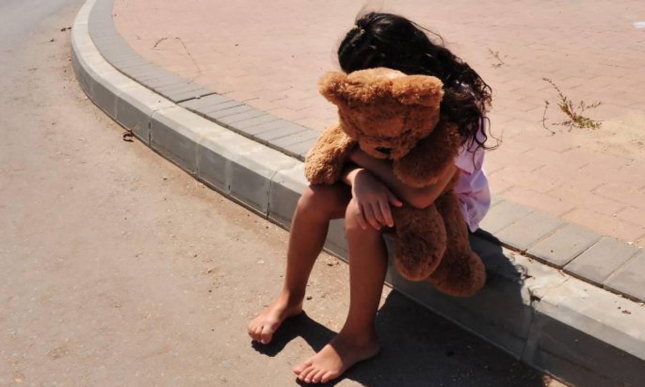 Φρίκη στην Κω: Κομμωτής κατηγορείται ότι ασελγούσε στις ανιψιές και τις ανήλικες εγγονές του