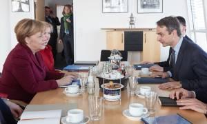 Συνάντηση Μητσοτάκη - Μέρκελ για το προσφυγικό