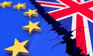 Ιστορική στιγμή: «Πράσινο φως» από την ΕΕ για τη δεύτερη φάση του Brexit