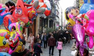 Χριστούγεννα 2017: Σε ισχύ το εορταστικό ωράριο - Ποιες Κυριακές θα ανοίξουν τα καταστήματα