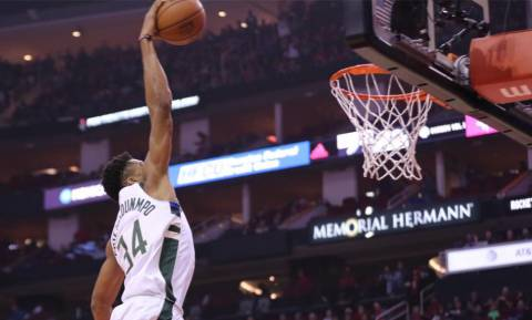 NBA: «Ρουκέτα» ο Αντετοκούνμπο, δεν άντεξαν τα «Ελάφια» (pics+vid)