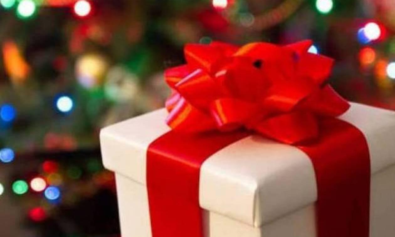 Δώρο Χριστουγέννων 2017: Πότε θα καταβληθεί – Δείτε με ένα ΚΛΙΚ πόσα χρήματα θα πάρετε