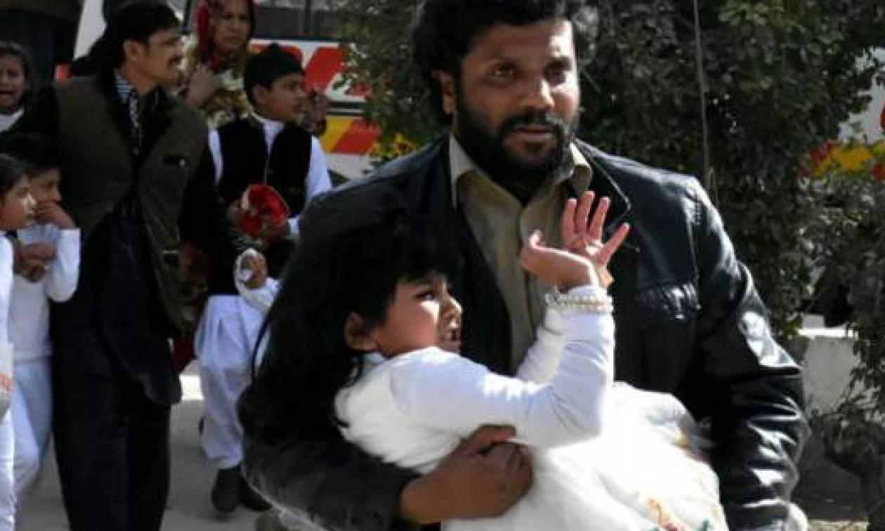 Πακιστάν: Τουλάχιστον πέντε νεκροί από επίθεση αυτοκτονίας σε χριστιανική εκκλησία
