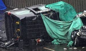 Βρετανία: Φονική καραμπόλα με έξι νεκρούς - Σοκάρουν οι εικόνες