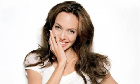 Η τελευταία εμφάνιση της Angelina Jolie μας άφησε άφωνες! Οι φωτογραφίες που πρέπει να δεις