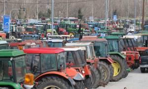 Λάρισα: «Ζεσταίνουν» τα τρακτέρ τους οι αγρότες - Ανοιχτό και το ενδεχόμενο μπλόκων
