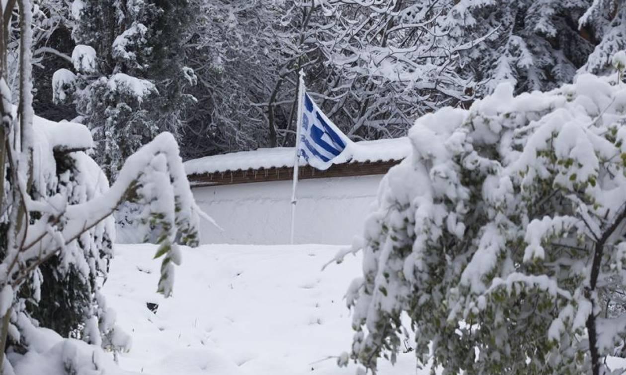 Προσοχή! Έκτακτο δελτίο επιδείνωσης του καιρού - Έρχονται χιόνια και ισχυρές καταιγίδες