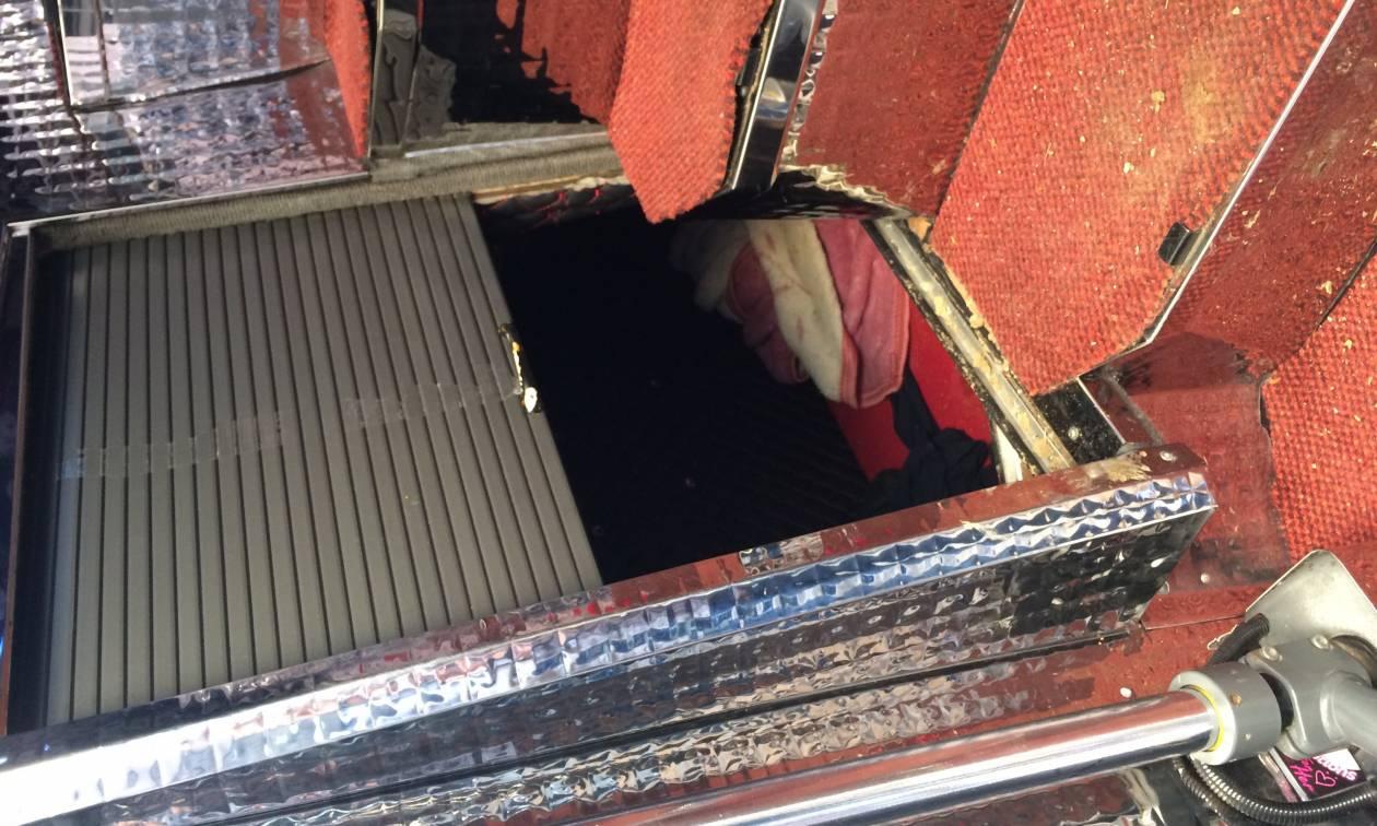 Κομοτηνή: Έκρυψαν έξι μετανάστες στο κάτω μέρος λεωφορείου (pics)