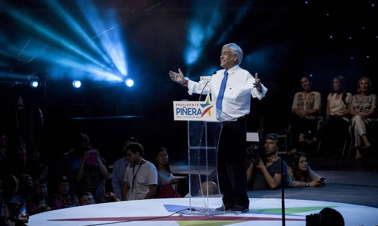 Χιλή - εκλογές: Ο πρώην πρόεδρος Πινιέρα προηγείται με 54,4%