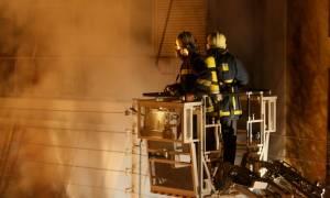 Φωτιά ΤΩΡΑ: Μεγάλη πυρκαγιά σε κτήριο στο κέντρο της Αθήνας