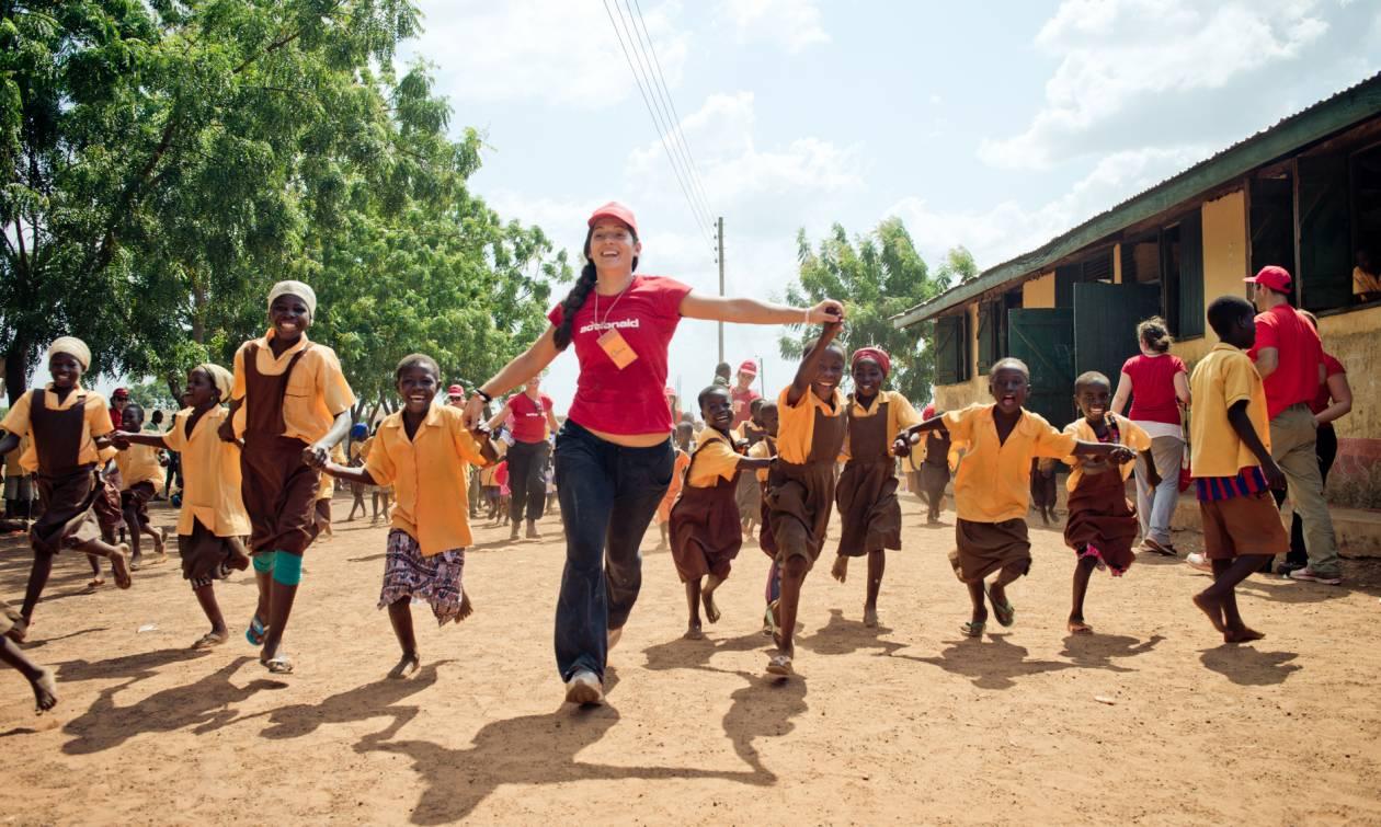 ActionAid: Πέντε ανεκτίμητα δώρα για να κάνεις τον κόσμο καλύτερο