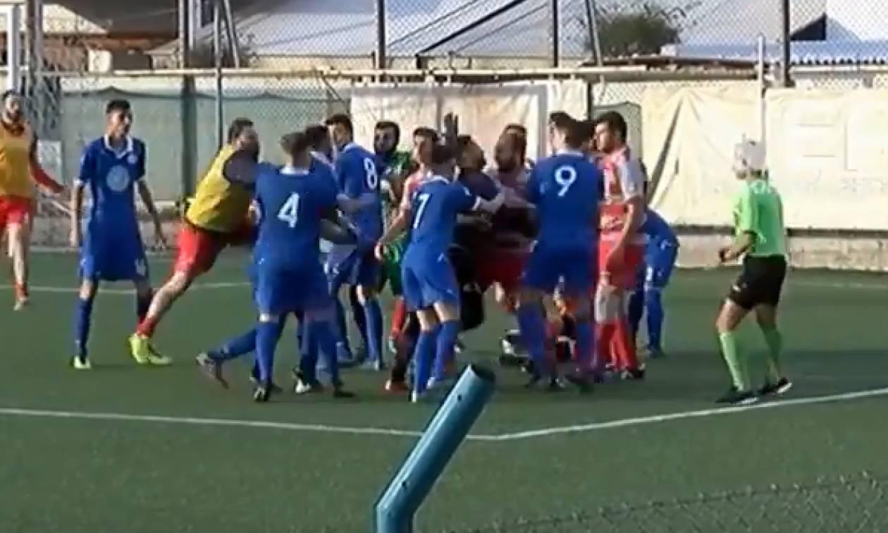 Κρήτη: Άγριο ξύλο παικτών σε ποδοσφαιρικό αγώνα (vid)