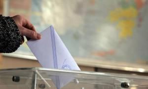 Νέα δημοσκόπηση: Προβάδισμα της ΝΔ – Ποιοι μένουν εκτός Βουλής