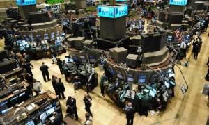 Κλείσιμο με άνοδο και νέα ρεκόρ στη Wall Street
