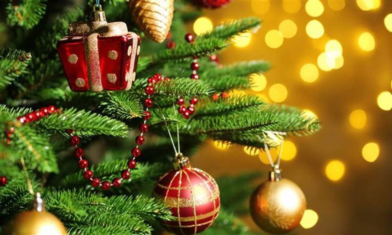 Δεν θα πιστεύετε πότε στήθηκε για πρώτη φορά χριστουγεννιάτικο δέντρο στην Ελλάδα