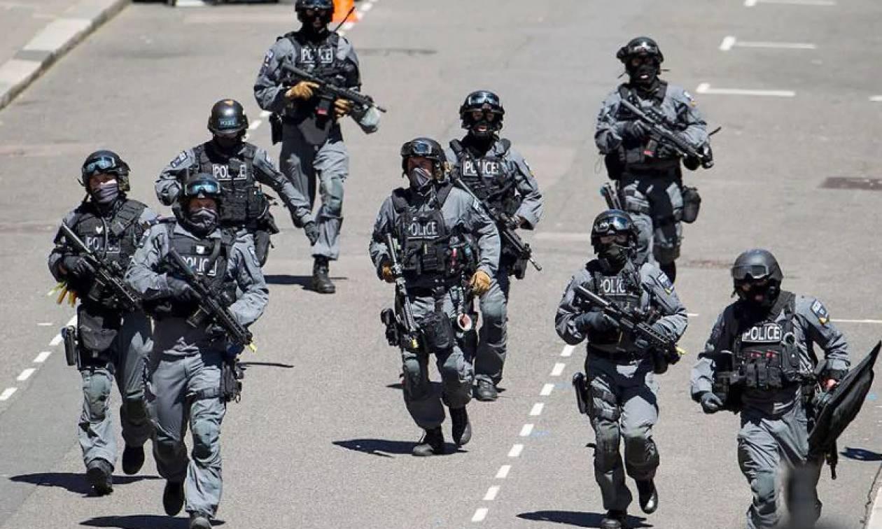 Συναγερμός στη Βρετανία: Εκκενώθηκε κεντρικός δρόμος στο Λονδίνο