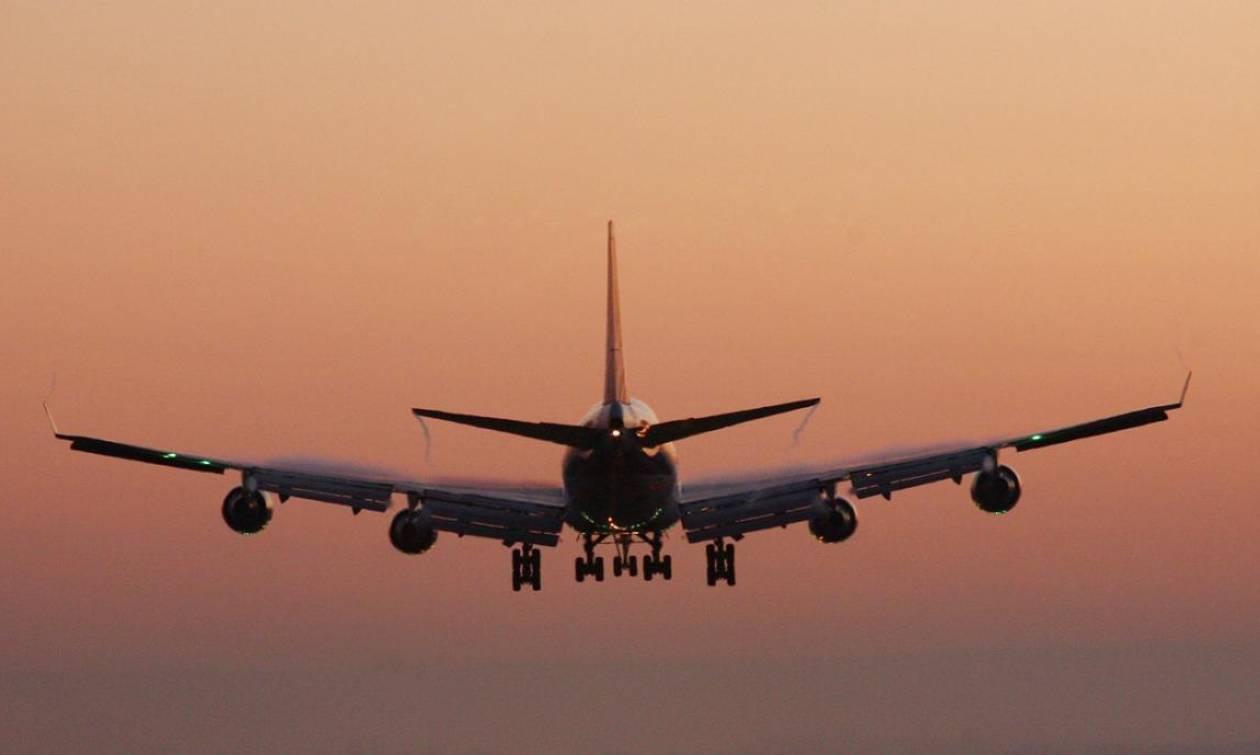 Αναγκαστική προσγείωση αεροσκάφους: Μια… καφετιέρα έφερε τον πανικό!