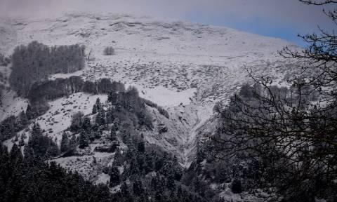 Καιρός: Χιονιάς σαρώνει τη χώρα – Δείτε LIVE πού χιονίζει - Πού θα «χτυπήσουν» έντονα φαινόμενα