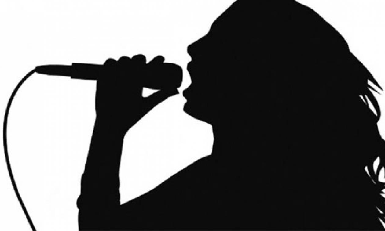 Σκάει - βόμβα στη showbiz: Το viber «πρόδωσε» τις απιστίες γνωστής ελληνίδας τραγουδίστριας
