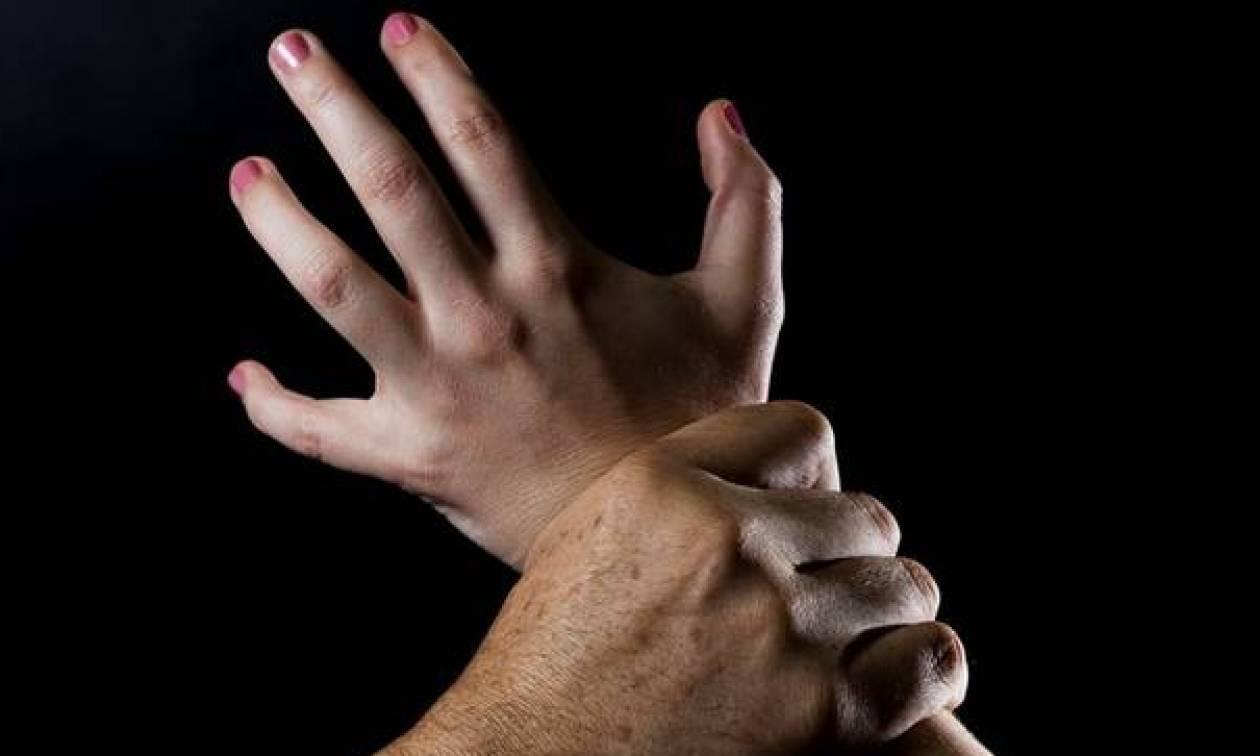 Ομολογία - σοκ: «Με βίαζε ο ίδιος μου ο άνδρας»