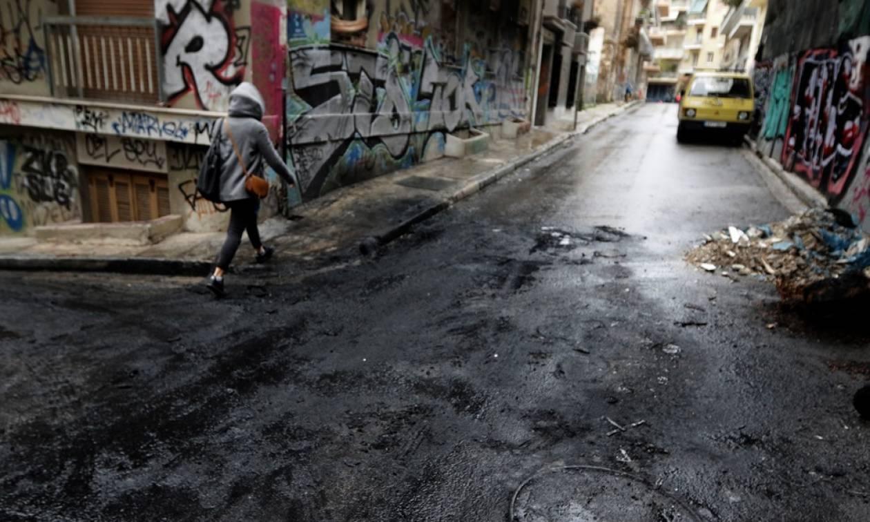 Βόμβα Εφετείο: Βρέθηκε καμένο στα Εξάρχεια το όχημα διαφυγής των δραστών