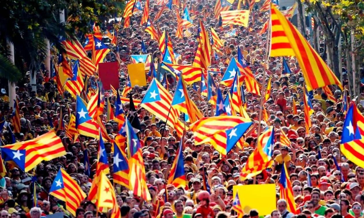 Καταλονία: «Καζάνι που βράζει» η Ισπανία, αλλά η αλήθεια κρύβεται στους αριθμούς