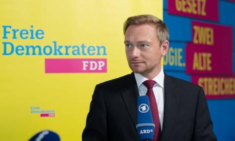 FDP: Ναι στο ενδεχόμενο συμμετοχής σε κυβερνητικό συνασπισμό - Όχι στη Μέρκελ